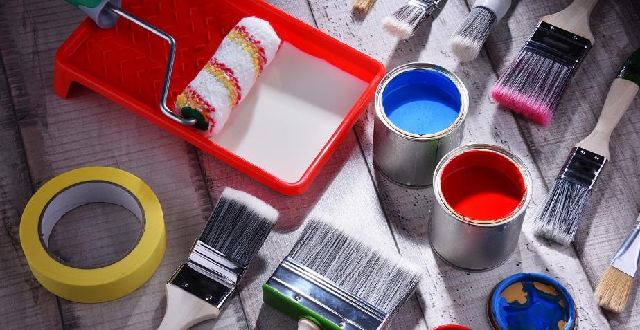 Jak prawidłowo pomalować ścianę?
