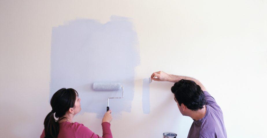Jak dobrać odpowiednią farbę do ścian?